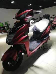 High quality Electric motorcycle 60V20AH E Scooter QS-HJ